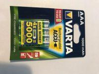 Piles Rechargeables  AAA x4 1000mHA Nimh<br/>Varta