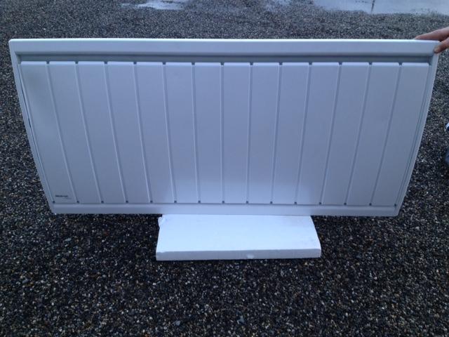 radiateur horizontal inertie 2000w calidou proxp noirot n238 7. Black Bedroom Furniture Sets. Home Design Ideas