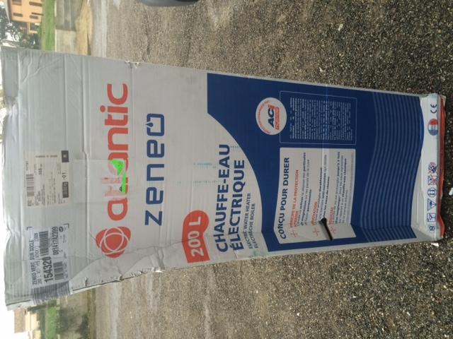 Chauffe eau vertical socle 200 litres aci hybride zeneo for Chauffe eau atlantic 200 litres